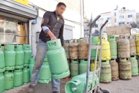مواطنون يشكون قصر عمر استهلاك اسطوانات الغاز المتداولة أخيراً