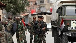 مقتل 10 جنود سوريين وإصابة 21 آخرين بصد هجوم لمسلحين في ريف حماة