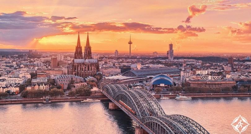 بالصور  ..  دليلك السياحي إلى مدينة كولون الالمانية
