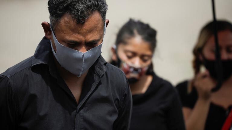 """لجنة الفيروسات بمصر: لا حقيقة علمية عن ضعف فيروس كورونا والعالم بات بين """"شقي رحى"""""""