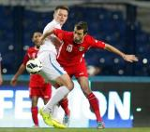 منتخبنا يخسر امام اوزبكستان بهدفين