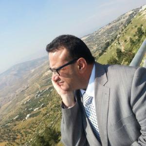 لانه  لبنان