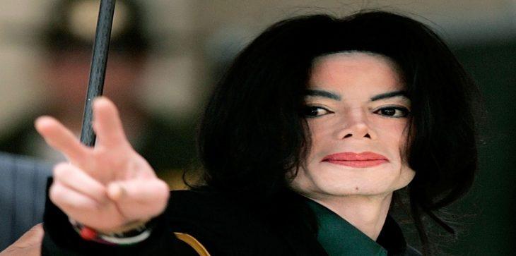 لهذا السبب ..  مايكل جاكسون يحقق أرباحًا مالية ضخمة بعد وفاته