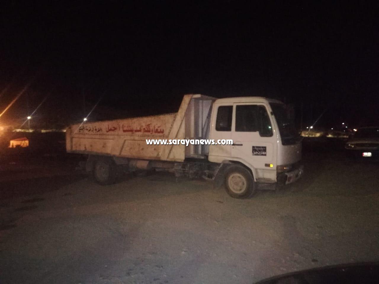 الشونه الشمالية:  إصابة عامل وطن بجراح خطيرة نتيجة سقوطه عن قلاب نقل النفايات