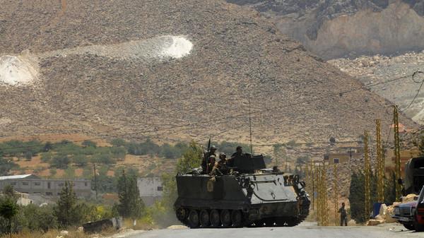 عرسال تعود للواجهة.. مسلحون يخطفون لبنانياً