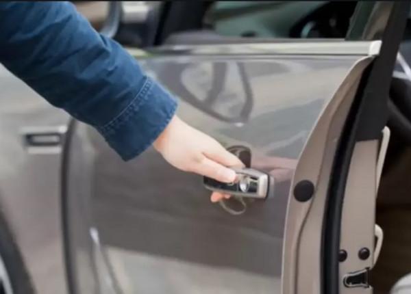 لهذا السبب ..  لا تغلق باب سيارتك بقوة كبيرة