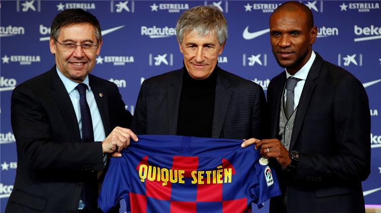 سيتين يتخذ قرارين حاسمين بشأن انتقالات يناير بعد اجتماعه مع إدارة برشلونة