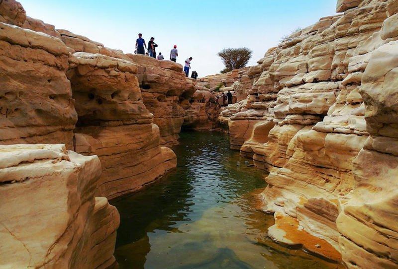 كهوف السعودية أماكن سياحية جديرة بالاستكشاف .. صور