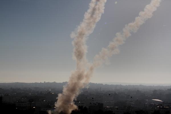 القناة الإسرائيلية : القسام أجرى تجارب على صواريخ بعيدة المدى