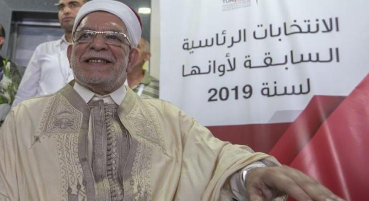 تونس ..  مورو يقدم رسميا طلب الترشح للانتخابات الرئاسية