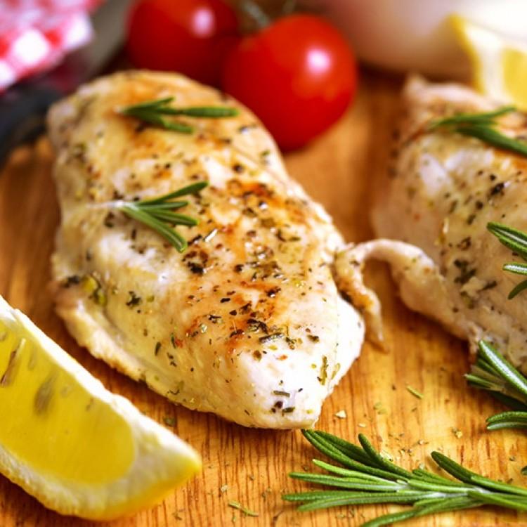 دجاج مشوي بالأعشاب لرجيم صحي