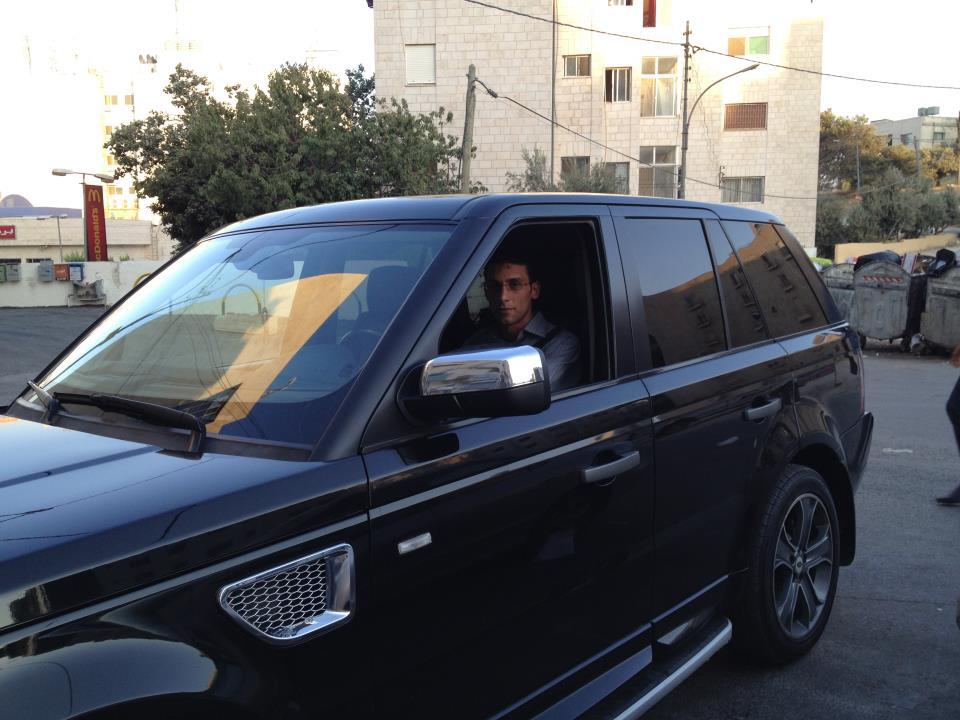 """تهنئة من سيف عبيدات لـ""""ابن العم"""" صدام عبيدات بعيد ميلاده الـ 32"""