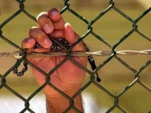 بالأسماء.. تمديد اعتقال 36 أسيرًا في سجون الاحتلال