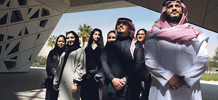 """(18) مهنة يمنع توظيف غير السعوديين بها  .. """"تفاصيل"""""""
