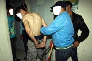 شاب مصري يعتدي على جدته متناسياً القرابة بينهما!