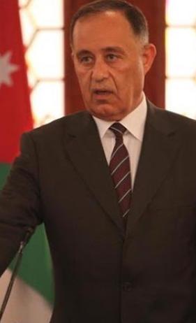 وزير المياه يناشد المواطنين وينذر بصيف «حرج»
