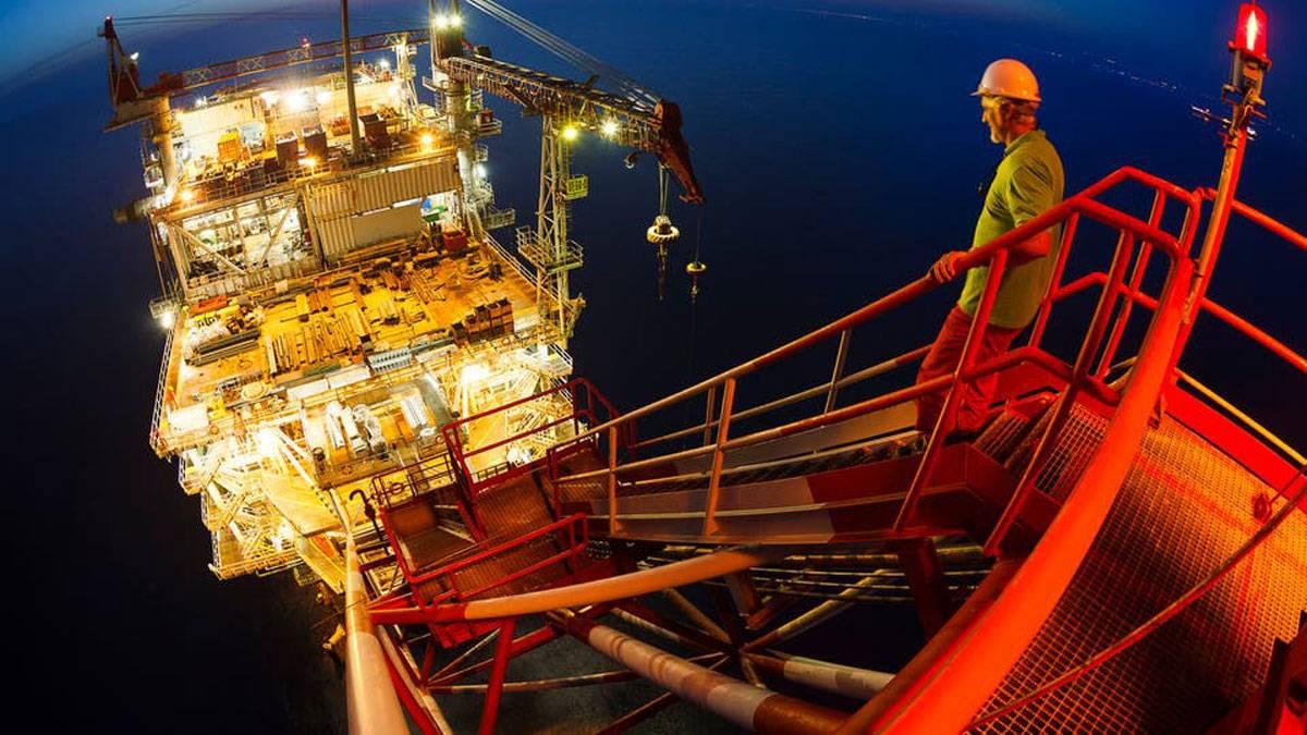 أسعار النفط تسجل أعلى مستوى في 5 أشهر