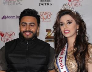 ملكة جمال العرب تكرم تامر حسني خلال جولته بأمريكا