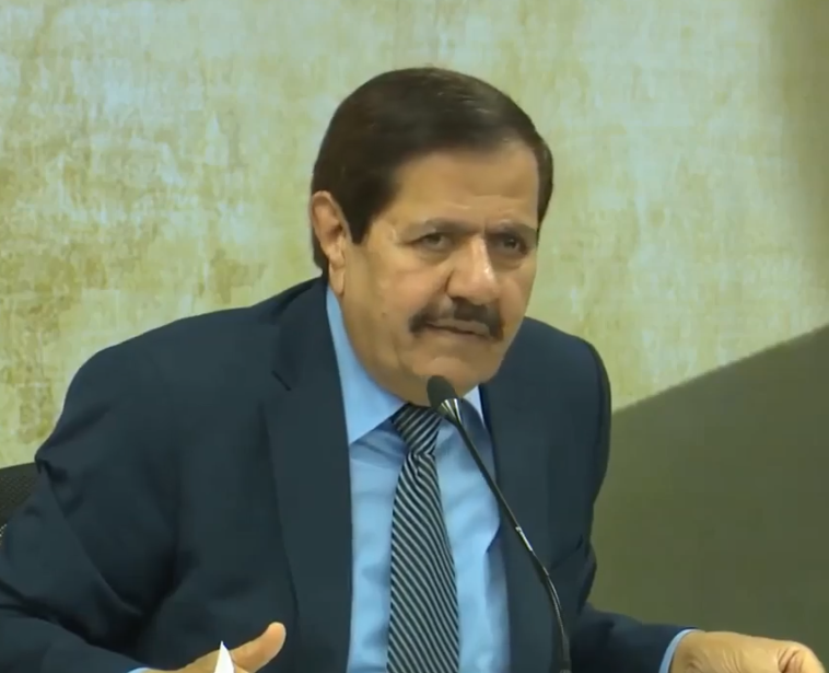 """بالفيديو ..  الأردنيون يستذكرون حديث رئيس الديوان الملكي الأسبق خالد الكركي عن """"التحديات"""" التي تواجه الأردن"""