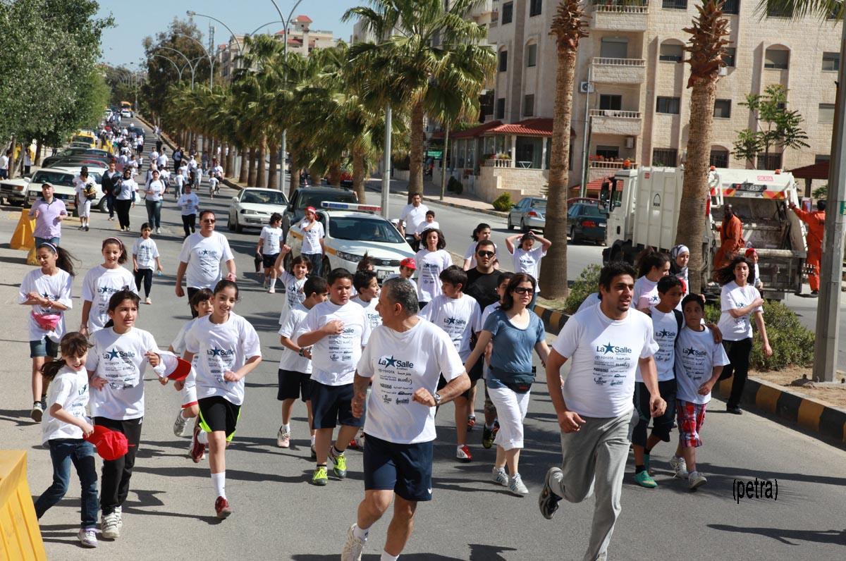 ماراثون عمان الدولي يزين شوارع العاصمة بــ''الأبيض''