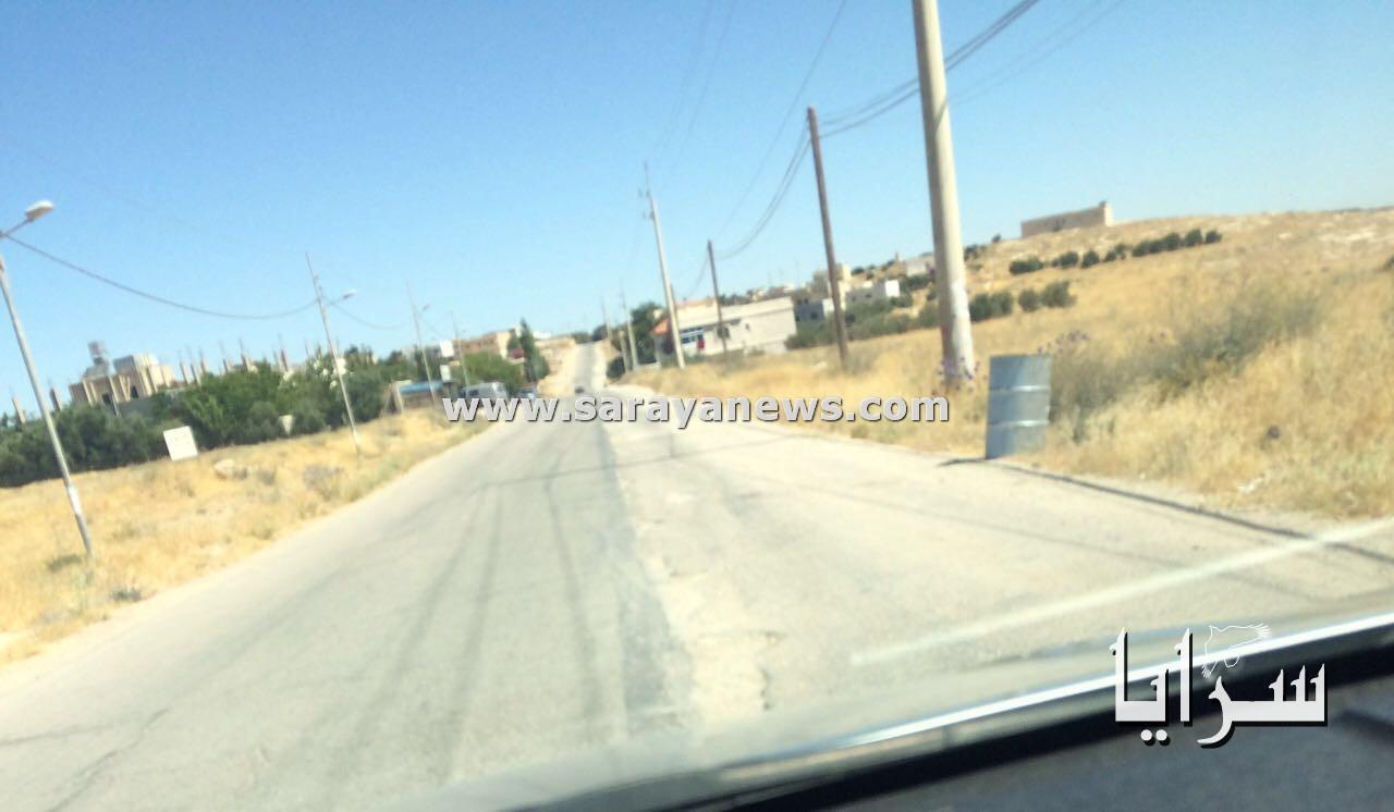 """بالصور ..  طريق بتير  ..  وادي بن حماد في الكرك متهالك و مئات السياح يعبرونه ..  وشكاوي الاهالي """"تذهب ادراج الرياح"""""""