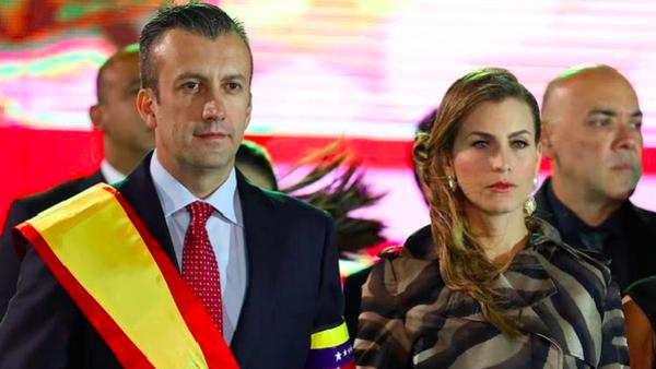 سوري من أم لبنانية قد يصبح رئيساً لفنزويلا بعد اطاحة البرلمان بالرئيس الحالي .. تفاصيل