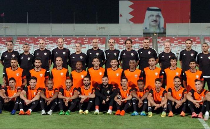 23 لاعبا في تشكيلة منتخب الكرة