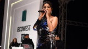 بالفيديو و الصور  ..   رقص روبي في حفل الأهرامات يثير إعجاب رواد السوشيال ميديا