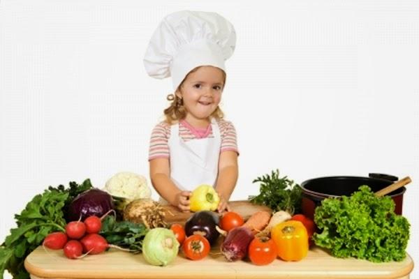 أفضل الطرق لحث الطفل على أكل الخضروات
