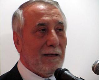 عشائر بني حسن يطالبون بطرد السفير السوري في الأردن لتطاوله على الأردنيين