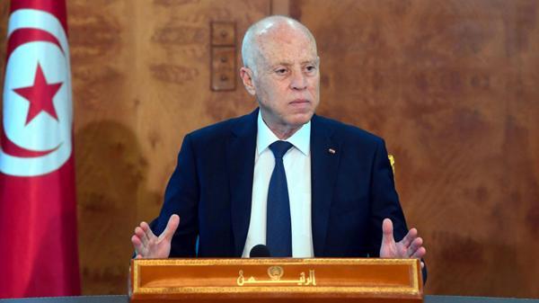 الرئيس التونسي: الجيش سيتولى إدارة أزمة كورونا