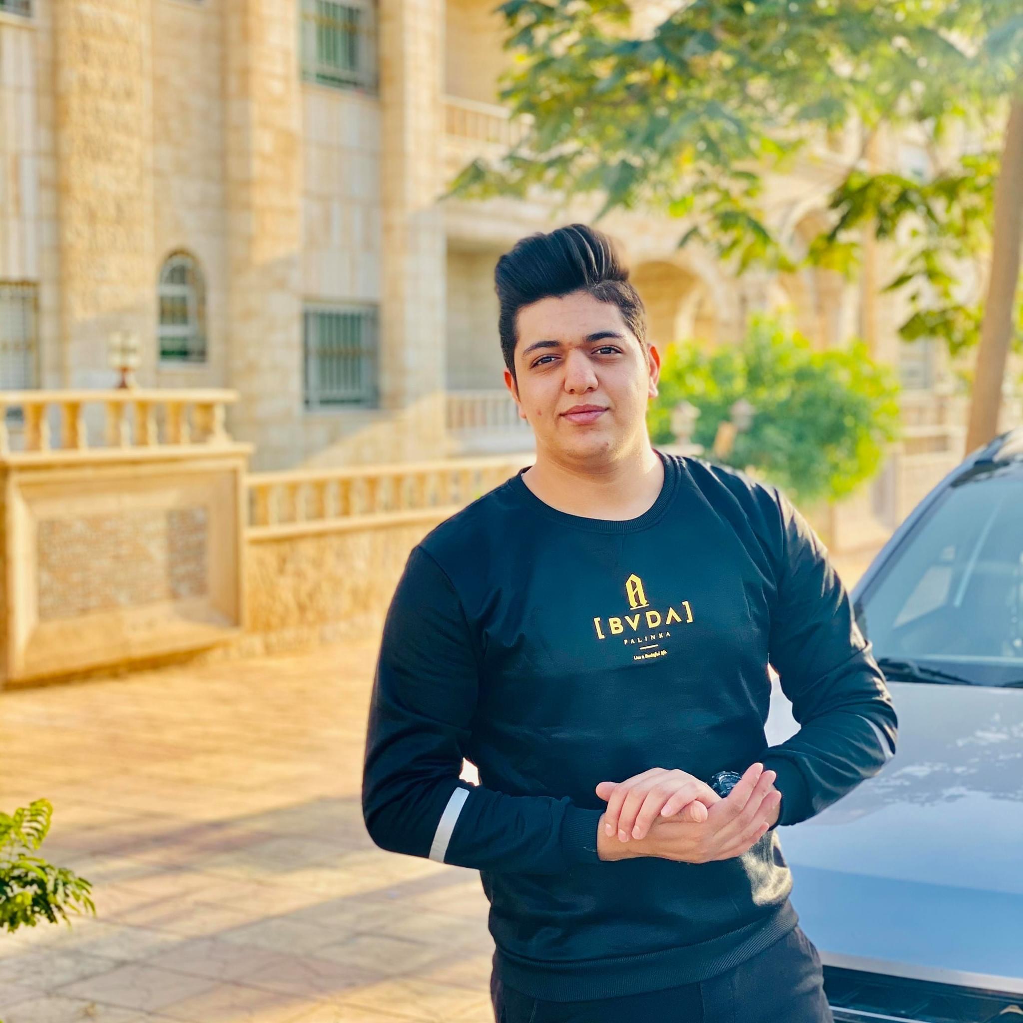 يزن حسين  ..  مبارك النجاح بالتوجيهي