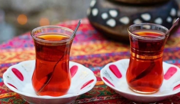 احذر ..  تناول الشاي في هذا التوقيت خلال رمضان