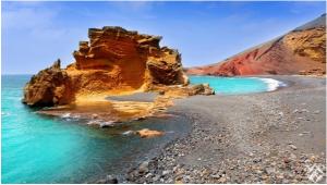 بالصور.. 10 أسباب تجعل من جزيرة لانزاروت وجهة مثالية في فصل الصيف