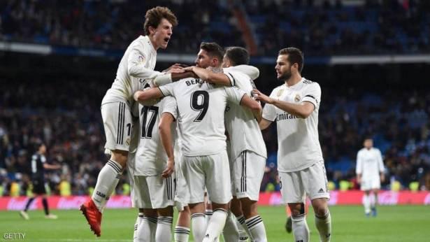 """جراحة تنهي موسم """"الظهير الأيمن"""" مع ريال مدريد"""