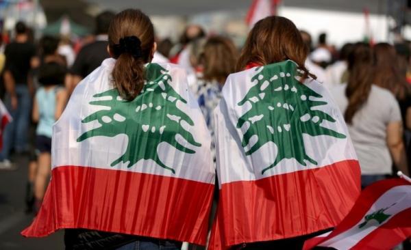 لبنان  ..  الانهيار الاقتصادي يصل إلى حليب الأطفال والطحين