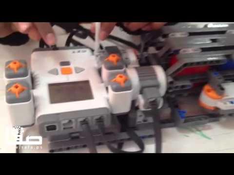 """شاهد : """"روبوت آلي"""" بأنامل فتية من غزة"""