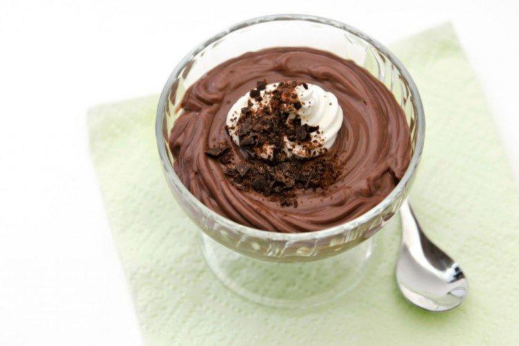 اليكم طريقة تحضير بودينغ الشوكولاتة الداكنة اللذيذة !