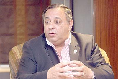"""النائب السابق محمد الخشمان: """" شو بالنسبة لتعيينات رؤساء الوزراء السابقين لأشخاص غير مستحقين لمواقعهم"""""""