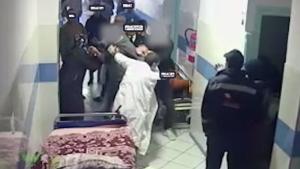 """الطبيب القيسي يروي لسرايا لحظة تعرضه للضرب المبرح من قبل (6) اشخاص في مستشفى معان الحكومي  ..  """"تفاصيل"""""""