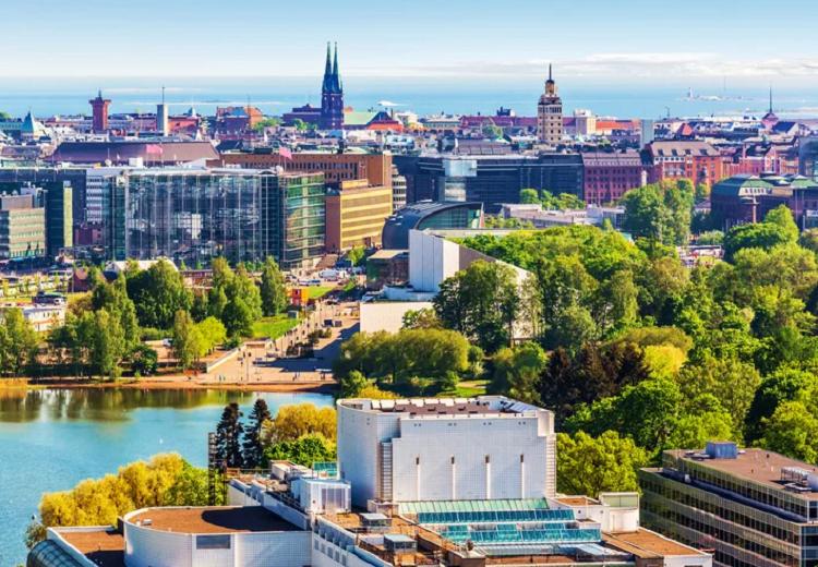 بالصور  ..  رحلة سياحية إلى جمهورية فنلندا الساحرة