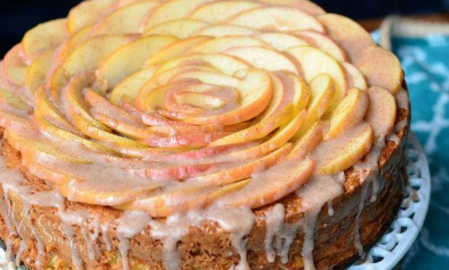 طريقة عمل كيكة وردة التفاح