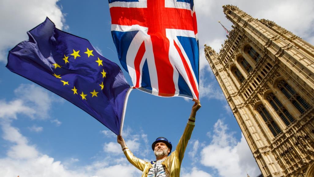 بريطانيا تستدعي جنود الاحتياط استعدادا لبريكست دون اتفاق
