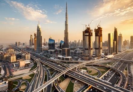 للأردنيين في دبي  ..  الحكومة تُعلق الأنشطة الترفيهية بالفنادق و المطاعم لمواجهة كورونا