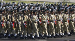 كيف أصبح الجيش الباكستاني شديد الثراء بينما الشعب لا يجد قوت يومه؟
