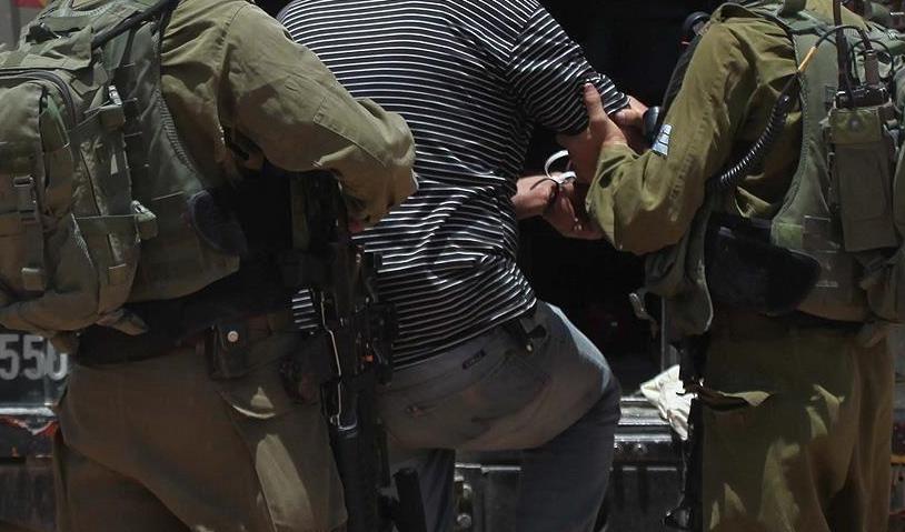"""الجيش الصهيوني ينفذ حملة اعتقالات واسعة ضد قادة """"حماس"""" بالضفة و """"الرجوب"""" من بينهم"""
