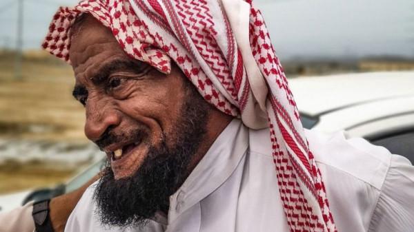 بالفيديو  ..  نجم سناب شات السبعيني علي بن كرمان يثير غضب السعوديين لهذا السبب الصادم