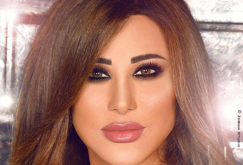 نجوى كرم لـ نادين نجيم: رح تبقي جميلة الجميلات