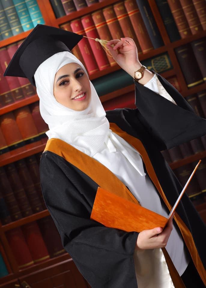 الدكتورة ساره فراس عبيدات مبارك التخرج