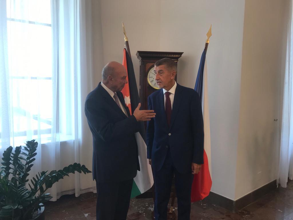 الفايز يدعو الاتحاد الاوروبي لمساعد الاردن ولعب دور اكبر في عملية السلام